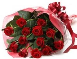 Zonguldak cicekciler , cicek siparisi  10 adet kipkirmizi güllerden buket tanzimi