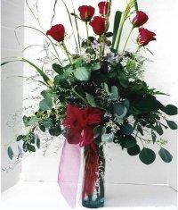 Zonguldak çiçek siparişi sitesi  7 adet gül özel bir tanzim