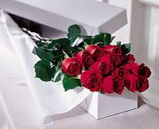 Zonguldak çiçek satışı  özel kutuda 12 adet gül