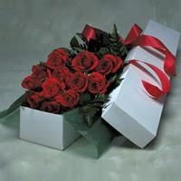 Zonguldak online çiçek gönderme sipariş  11 adet gülden kutu