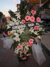 kazablanka,gerbera,sebboy ferforje  Zonguldak İnternetten çiçek siparişi