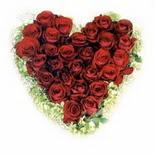 kalp biçiminde 15 gülden   Zonguldak güvenli kaliteli hızlı çiçek