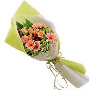 sade güllü buket demeti  Zonguldak İnternetten çiçek siparişi
