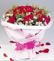 Zonguldak internetten çiçek satışı  12 ADET KIRMIZI GÜL BUKETI