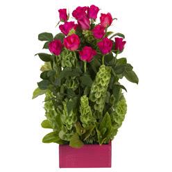 12 adet kirmizi gül aranjmani  Zonguldak çiçek mağazası , çiçekçi adresleri