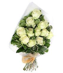 Zonguldak online çiçekçi , çiçek siparişi  12 li beyaz gül buketi.