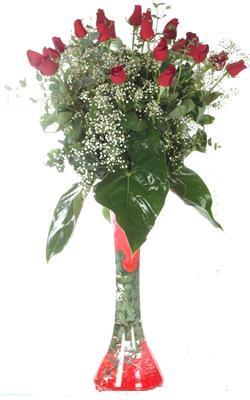 Zonguldak uluslararası çiçek gönderme  19 ADET GÜL VE FIL CAM AYAGI