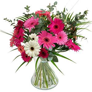 15 adet gerbera ve vazo çiçek tanzimi  Zonguldak online çiçek gönderme sipariş