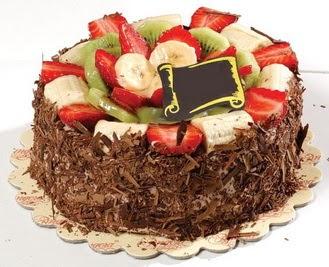 pastaci firmasindan 4 ile 6 kisilik çikolata meyvali yaspasta  Zonguldak çiçek siparişi sitesi