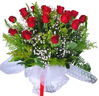 11 adet gösterisli kirmizi gül buketi  Zonguldak internetten çiçek satışı