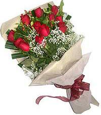 11 adet kirmizi güllerden özel buket  Zonguldak internetten çiçek siparişi