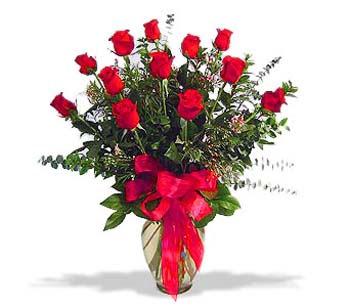çiçek siparisi 11 adet kirmizi gül cam vazo  Zonguldak online çiçek gönderme sipariş
