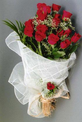 10 adet kirmizi güllerden buket çiçegi  Zonguldak çiçek yolla , çiçek gönder , çiçekçi