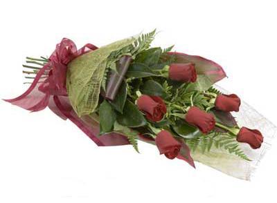 ucuz çiçek siparisi 6 adet kirmizi gül buket  Zonguldak çiçek siparişi sitesi
