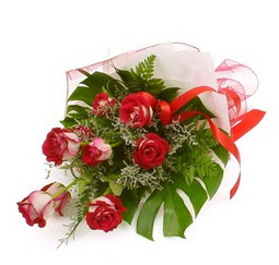 Çiçek gönder 9 adet kirmizi gül buketi  Zonguldak çiçek siparişi vermek