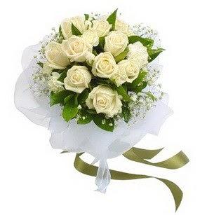 Zonguldak online çiçekçi , çiçek siparişi  11 adet benbeyaz güllerden buket