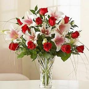 Zonguldak çiçek mağazası , çiçekçi adresleri  12 adet kırmızı gül 1 dal kazablanka çiçeği