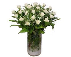 Zonguldak çiçek yolla , çiçek gönder , çiçekçi   cam yada mika Vazoda 12 adet beyaz gül - sevenler için ideal seçim