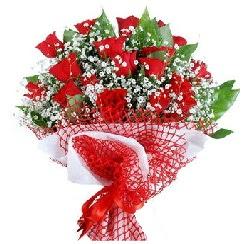 11 kırmızı gülden buket  Zonguldak 14 şubat sevgililer günü çiçek