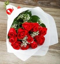 9 kırmızı gülden buket çiçeği  Zonguldak çiçek gönderme