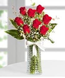 7 Adet vazoda kırmızı gül sevgiliye özel  Zonguldak çiçek siparişi sitesi