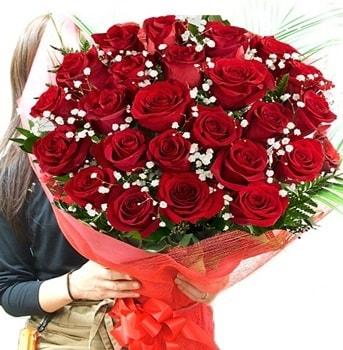 Kız isteme çiçeği buketi 33 adet kırmızı gül  Zonguldak çiçek gönderme sitemiz güvenlidir