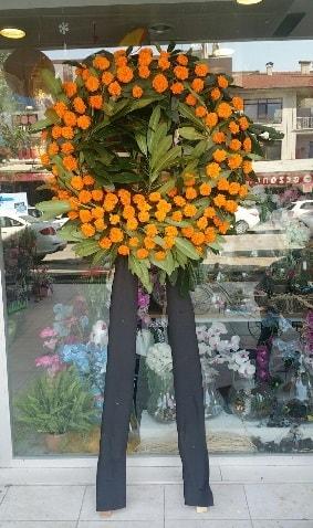 Cenaze çiçeği cenaze çelengi çiçek modeli  Zonguldak çiçek gönderme