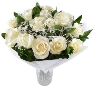 15 beyaz gül buketi sade aşk  Zonguldak çiçek satışı